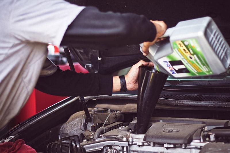 Filter & Oil Change | Independent Range Rover Service Falkirk