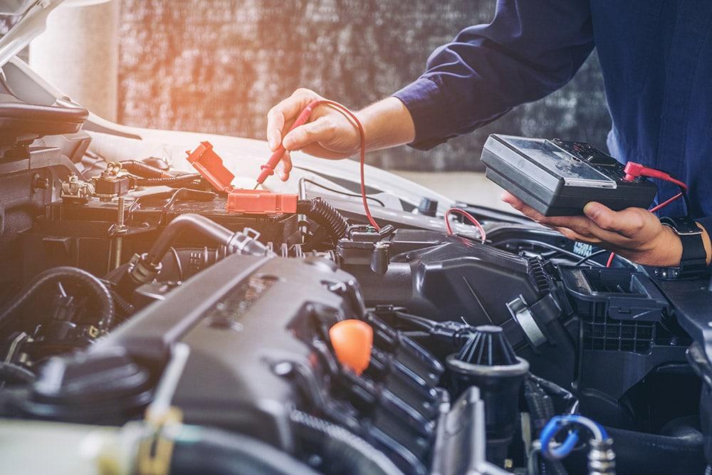 Image of mechanic working on a vehicle   Range Rover Velar Falkirk, Alloa, Stirling